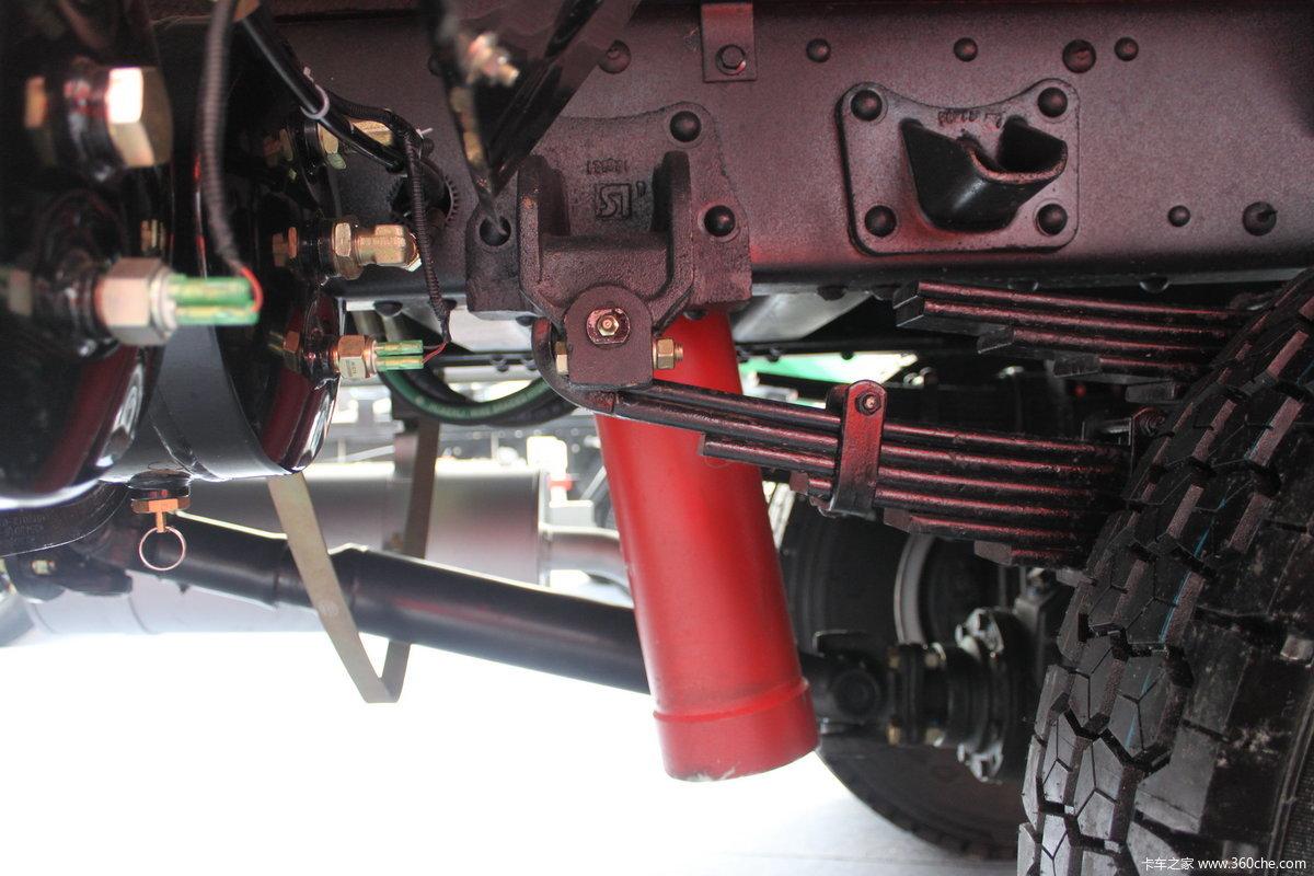 五征奥驰2000四驱农用自卸车图片